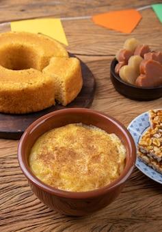 Comida típica do festival de junho. festa junina.