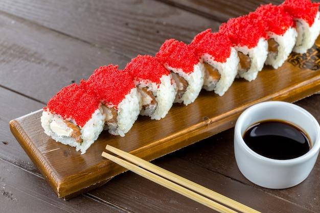 Comida tradicional japonesa: sushi
