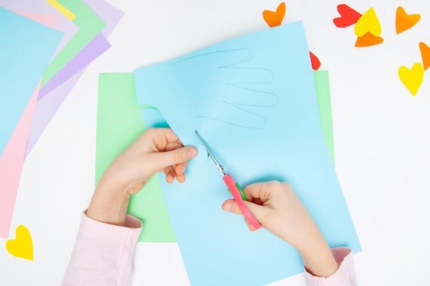 Como fazer coelho de papel para saudações de páscoa e diversão