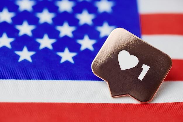 Como o símbolo na bandeira dos eua. como a nação americana. novos votos da eleição presidencial dos estados unidos. conceito de imigração para os estados unidos.
