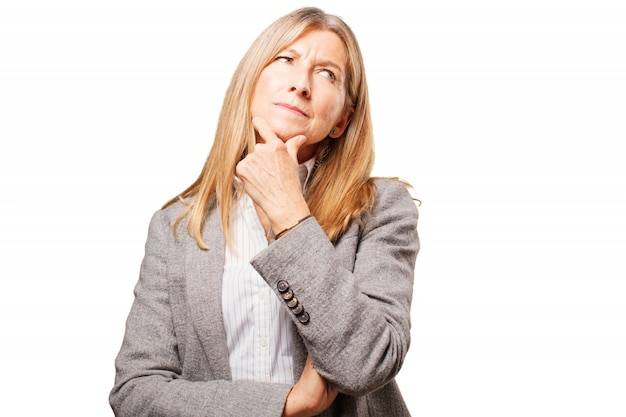 Comparar businesswoman velho perguntando