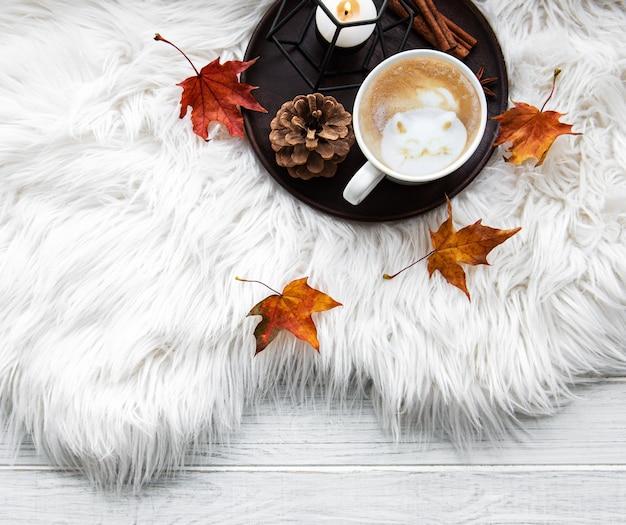 Composição acolhedora em casa de outono