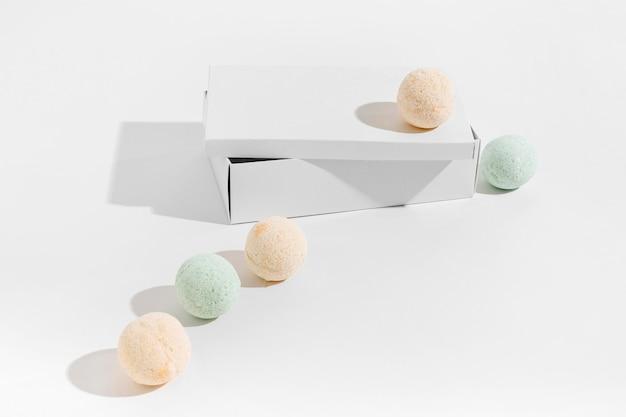 Composição de alto ângulo de diferentes bombas de banho