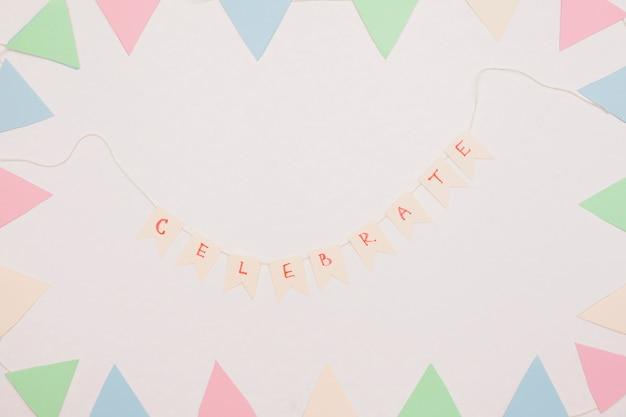 Composição de aniversário plana leiga com copyspace