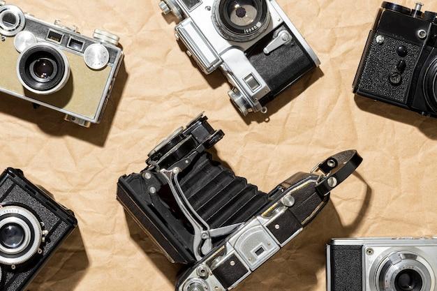 Composição de câmeras fotográficas vintage