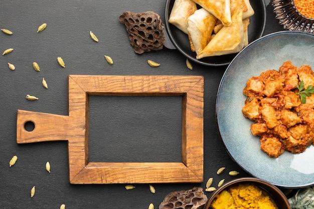Composição de comida indiana plana