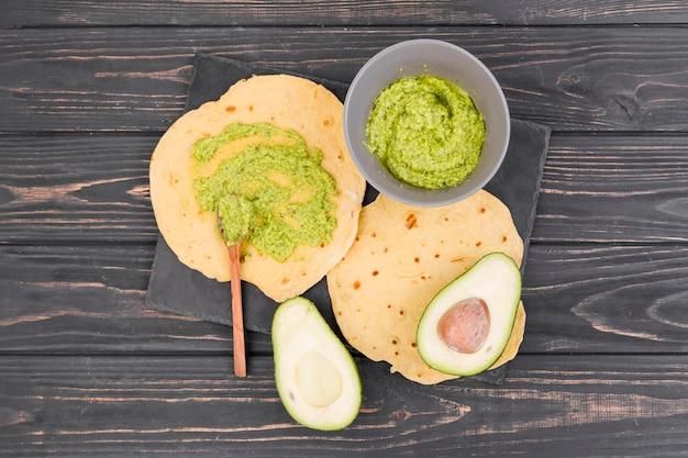 Composição de comida mexicana plana leigos