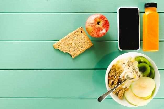 Composição de comida saudável com copyspace