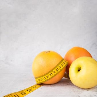 Composição de comida saudável moderna