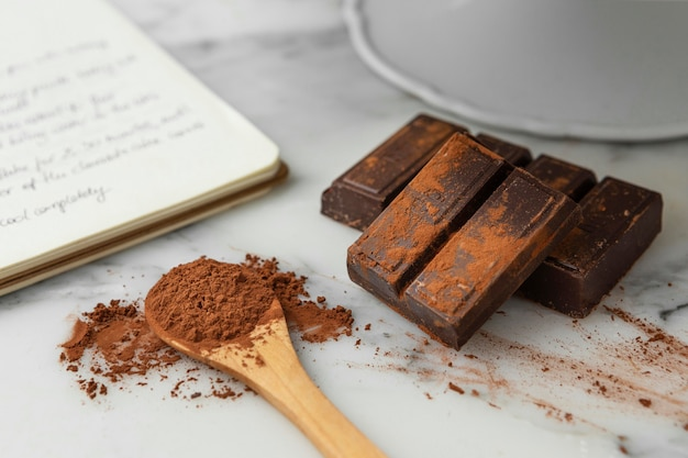 Composição de deliciosos ingredientes na cozinha