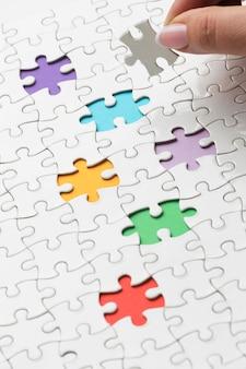 Composição de diversidade com diferentes peças de quebra-cabeça