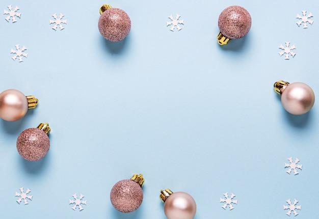 Composição de férias de natal com enfeites