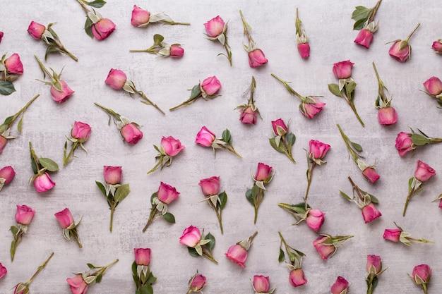 Composição de flores rosa