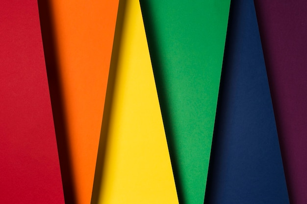 Composição de folhas de papel multicoloridas