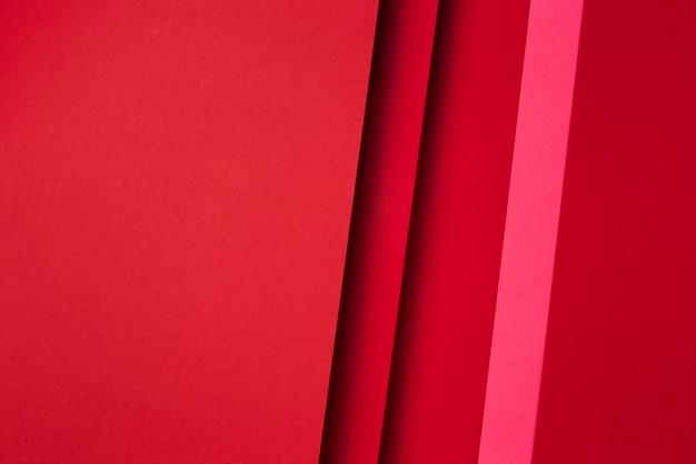 Composição de folhas de papel vermelho