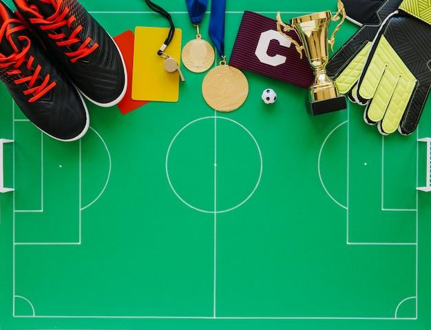 Composição de futebol com vários elementos