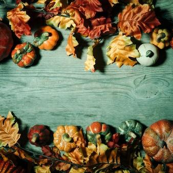 Composição de halloween assustador com espaço de cópia no meio