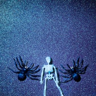 Composição de halloween assustador com fundo de brilho