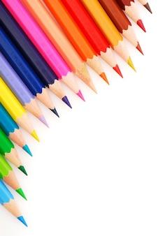 Composição de lápis multicoloridos