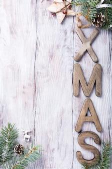 Composição de natal com letras xmas