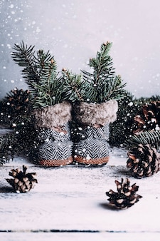 Composição de natal vintage em fundo de madeira. lugar livre para texto, cópia espaço