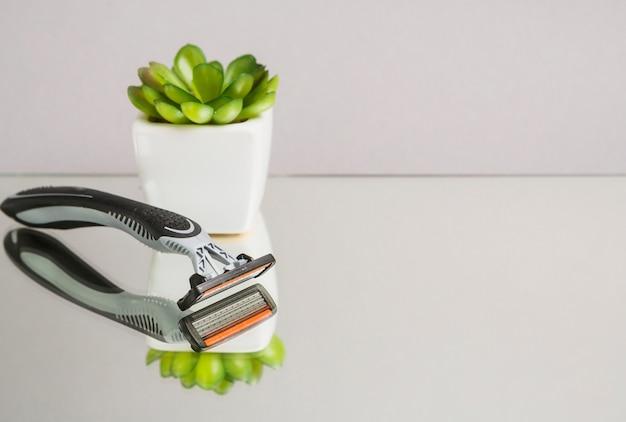 Composição de objetos de barbear com copyspace