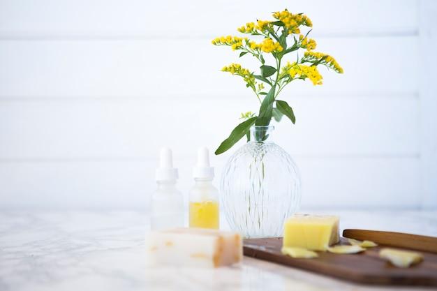 Composição de objetos de casa de banho ou spa