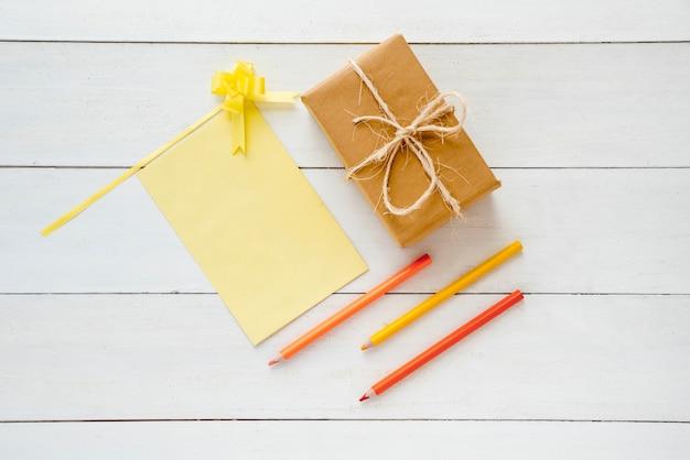 Composição de objetos diferentes para o dia dos pais