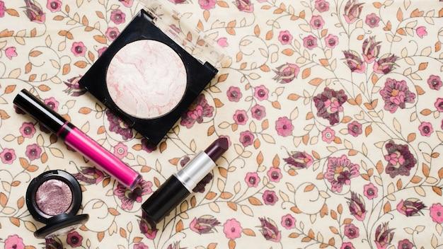 Composição de produtos de beleza para mulheres