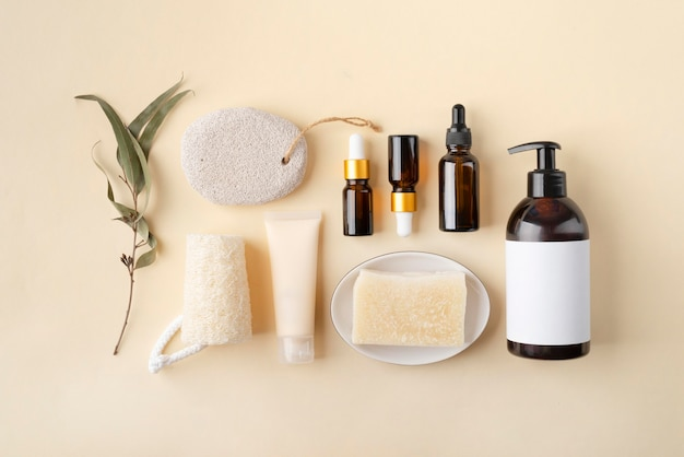 Composição de produtos naturais de autocuidado de camada plana