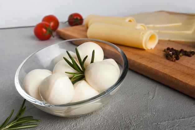 Composição de queijo isométrica