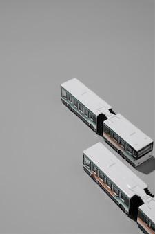 Composição de transporte público de alto ângulo