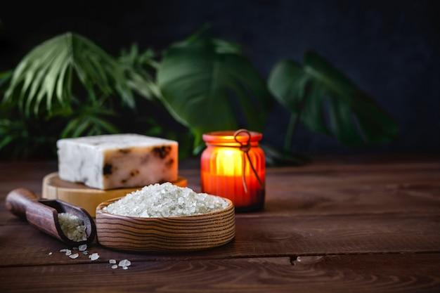 Composição de vários objetos usados para tratamentos de spa