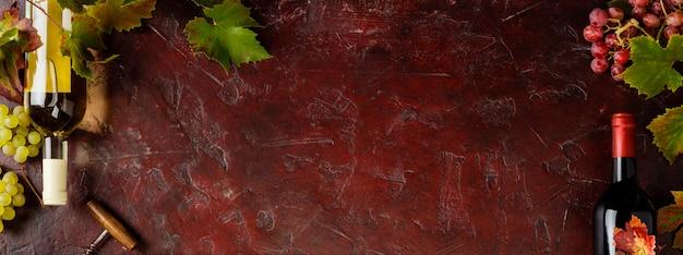 Composição de vinho em fundo rústico