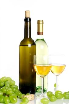 Composição de vinho na mesa
