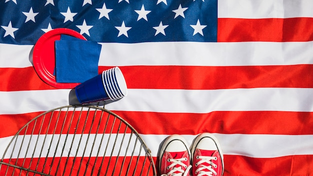 Composição do dia da independência com vários elementos