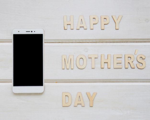 Composição do dia das mães com smartphone
