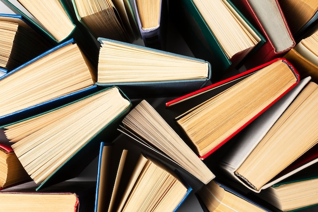 Composição do dia do livro do mundo criativo