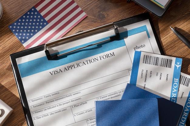 Composição do pedido de visto com bandeira americana