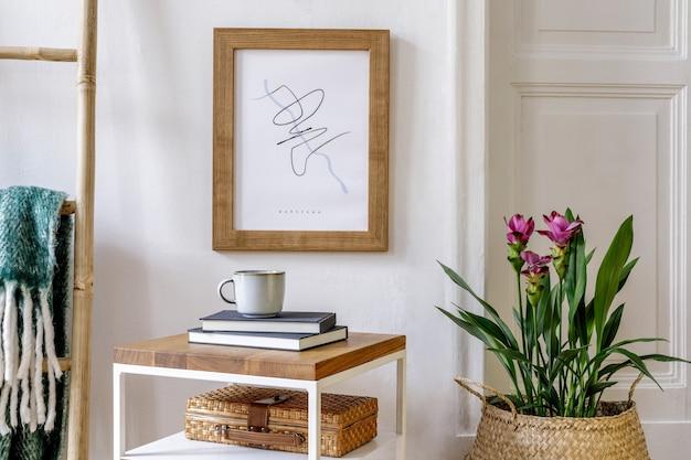 Composição elegante do interior da sala de estar com moldura para fotos, console de madeira, plantas, poltrona, em, moderno, potenciômetro, decoração, livro, lâmpada, mesa