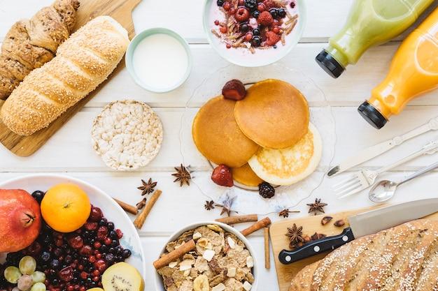 Composição fresca do café da manhã