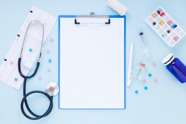 Composição médica plana leiga com modelo de transferência