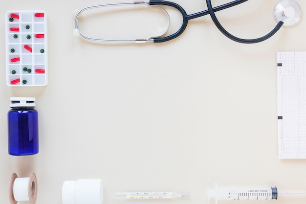 Composição médica plana leiga com o conceito de quadro