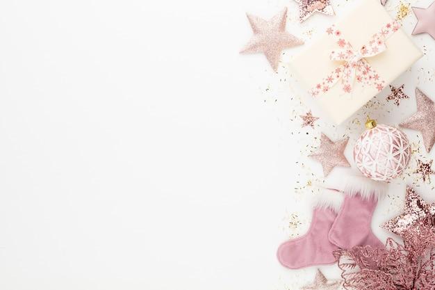 Composição minimalista e simples de natal