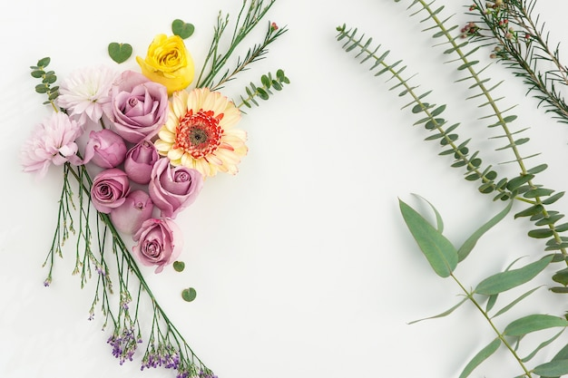 Composição natural com variedade de plantas