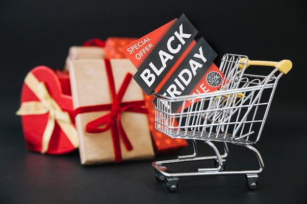 Composição para sexta-feira preta com caixas de presente