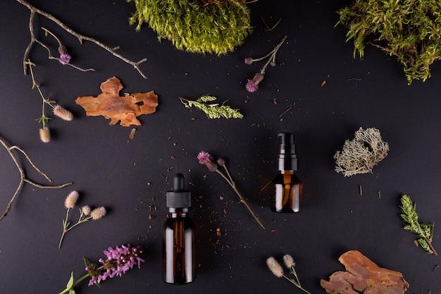 Composição plana com frascos de vidro de cosméticos orgânicos para cuidados com o corpo com casca de árvore real