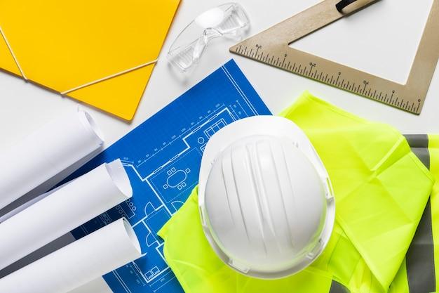 Composição plana leiga de diferentes elementos arquitetônicos