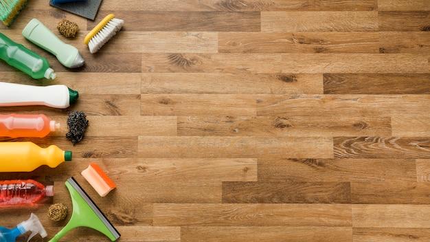 Composição plana leiga de produtos de limpeza com copyspace