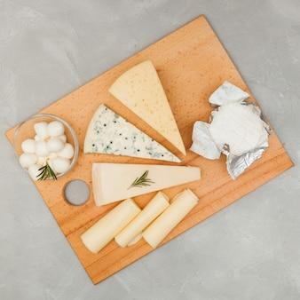 Composição plana queijo leigos